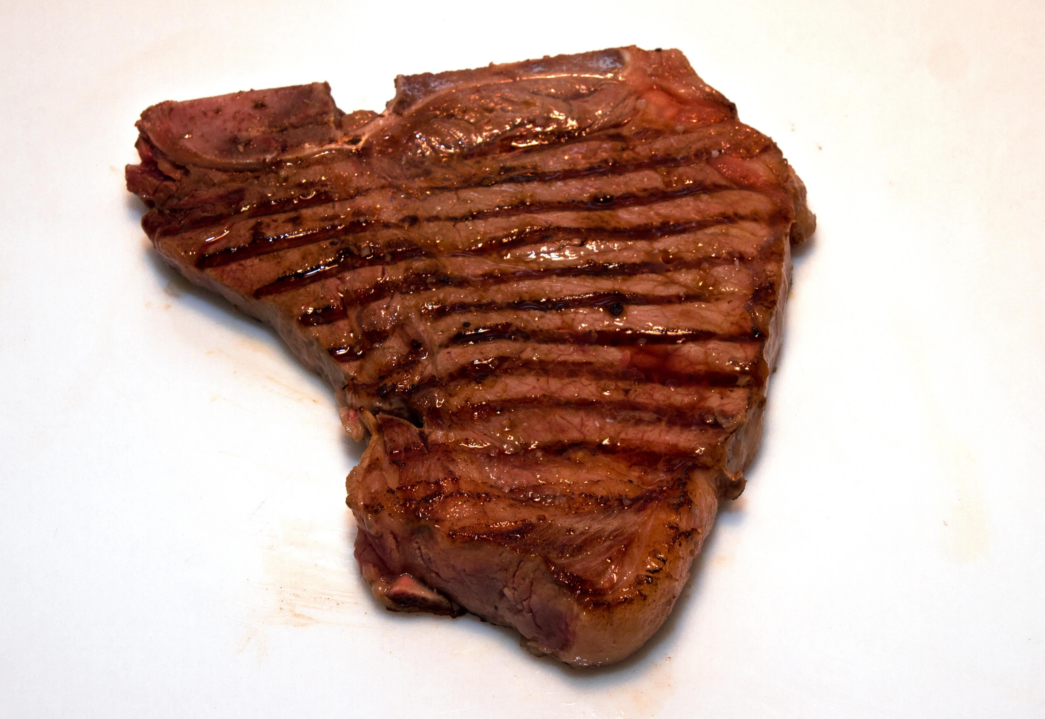 T bone und porterhouse steak besondere steakarten for Porterhouse steak vs t bone